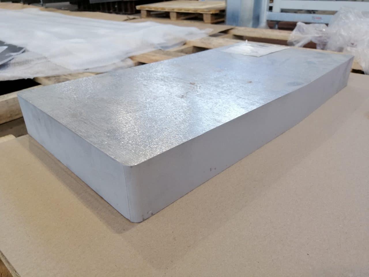 Image d'une pièce en Aluminium 60 mm découpée au Jet d'eau